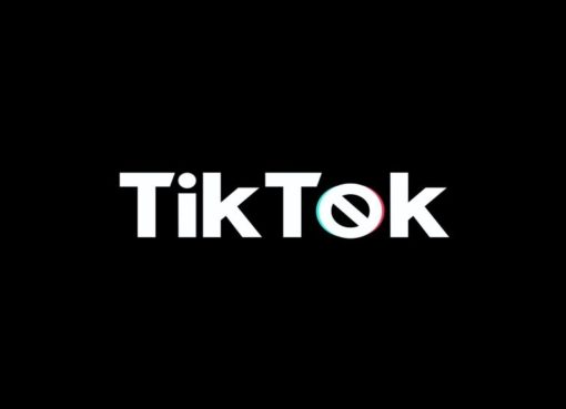 US to ban TikTok and WeChat downloads this Sunday